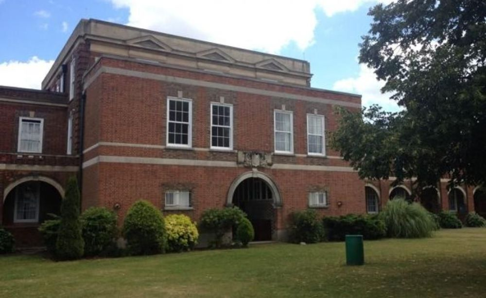 Школа Royal Russell School