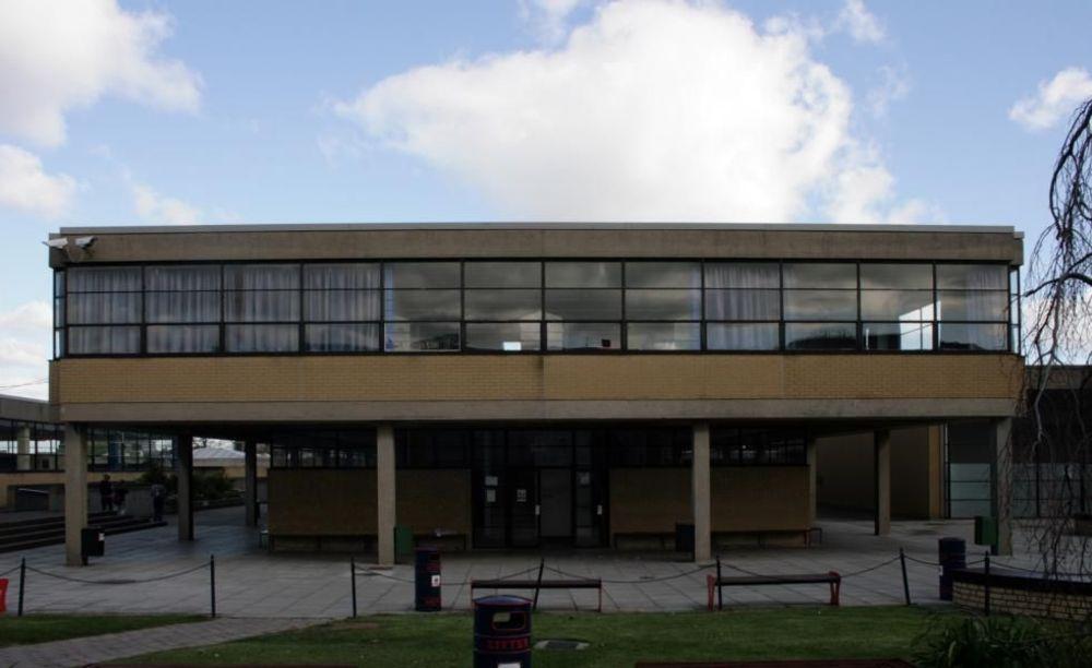 Школа Wesley College