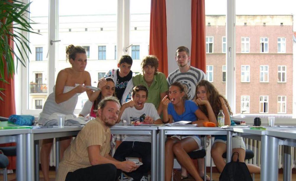 студенты на занятиях в школе GLS Berlin