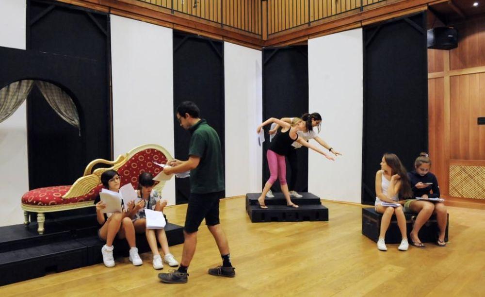 Театр TASIS Summer School