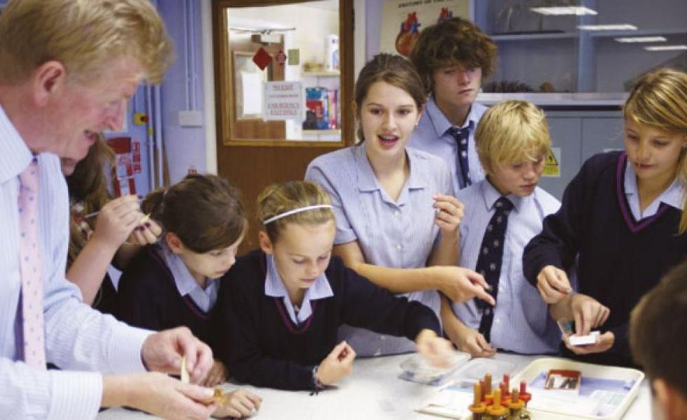 ученики школы Ashford School