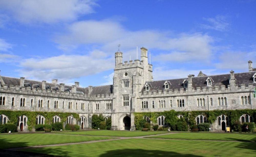 University College Cork лагерь ACET