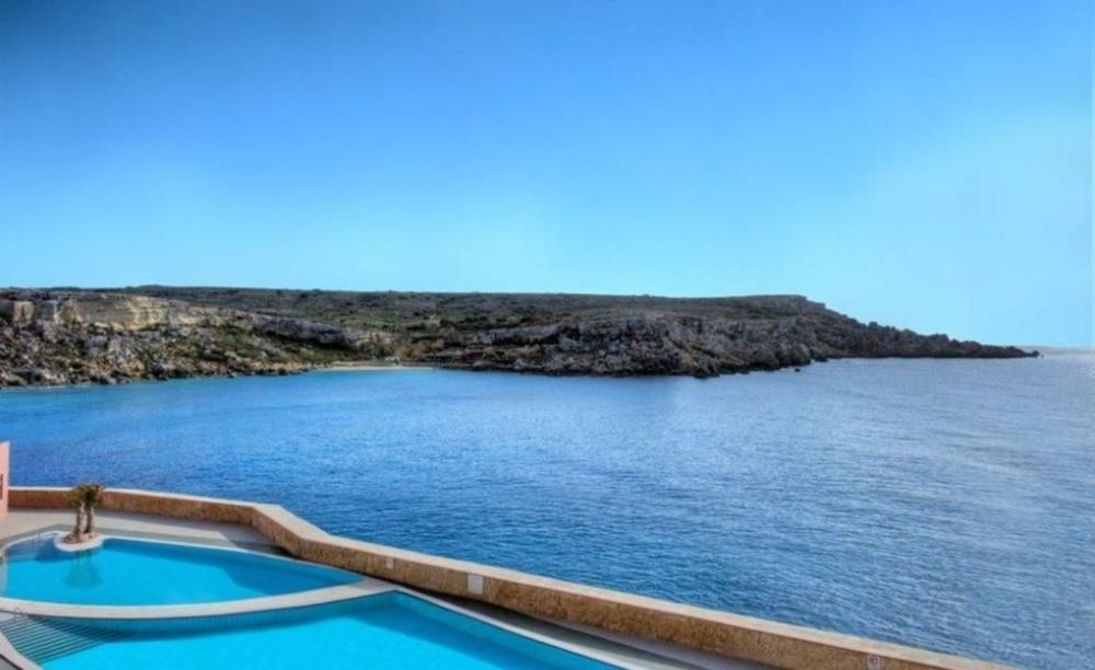вид из окна отеля Clubclass Mellieha, Paradise Bay Hotel
