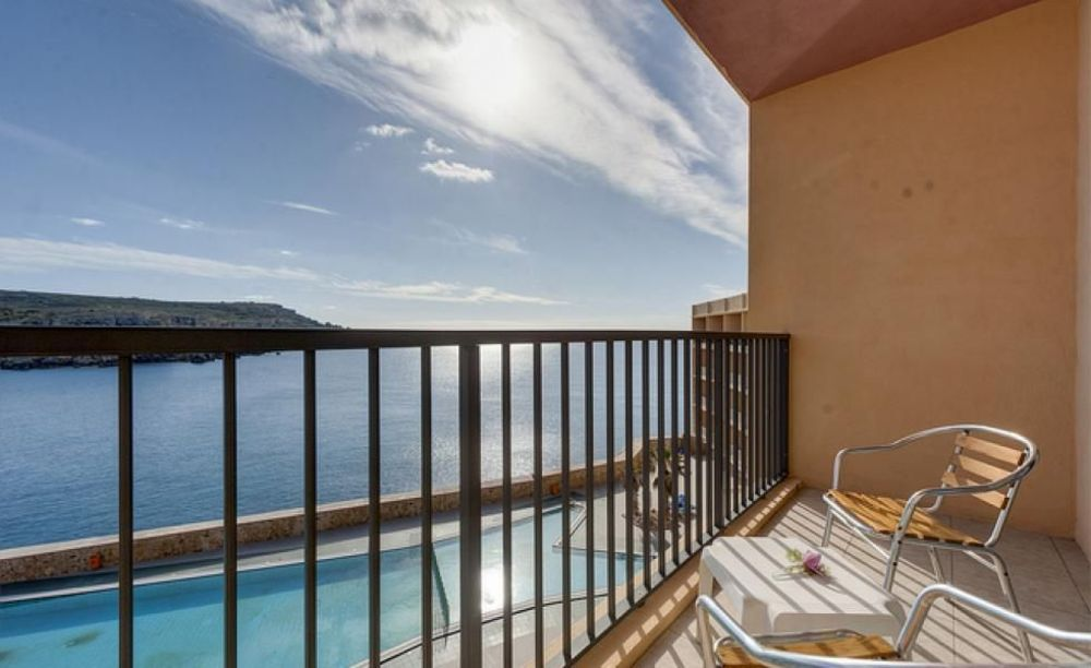 балкон в отеле Clubclass Mellieha, Paradise Bay Hotel
