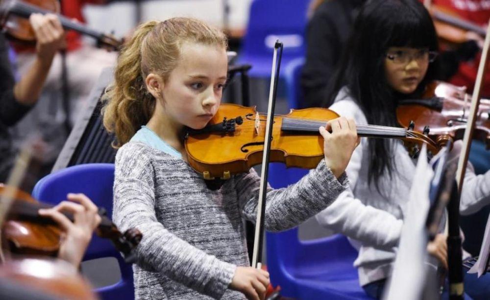 занятия музыкой в школе Strathallan School