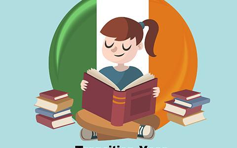 Девочка с книгой сидит на фоне флага Ирландии