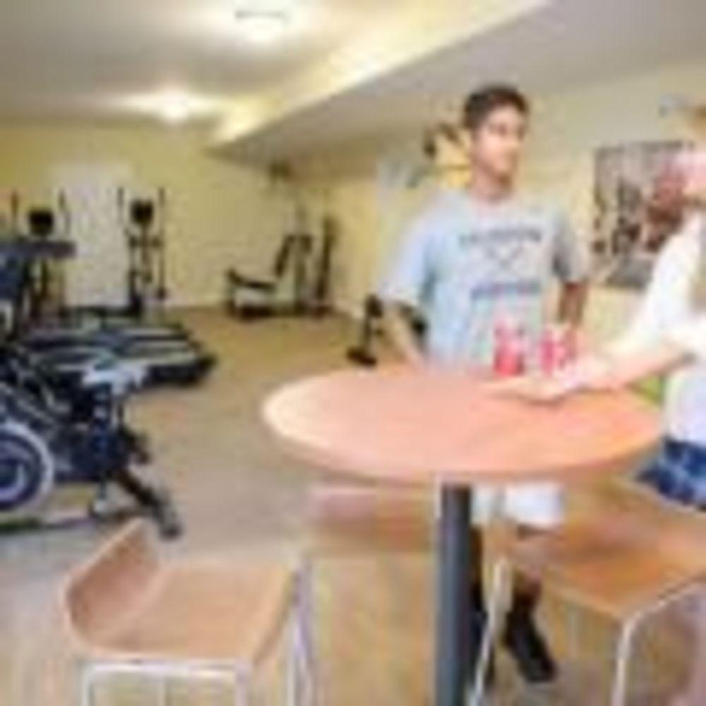 спортзал в Calverton School