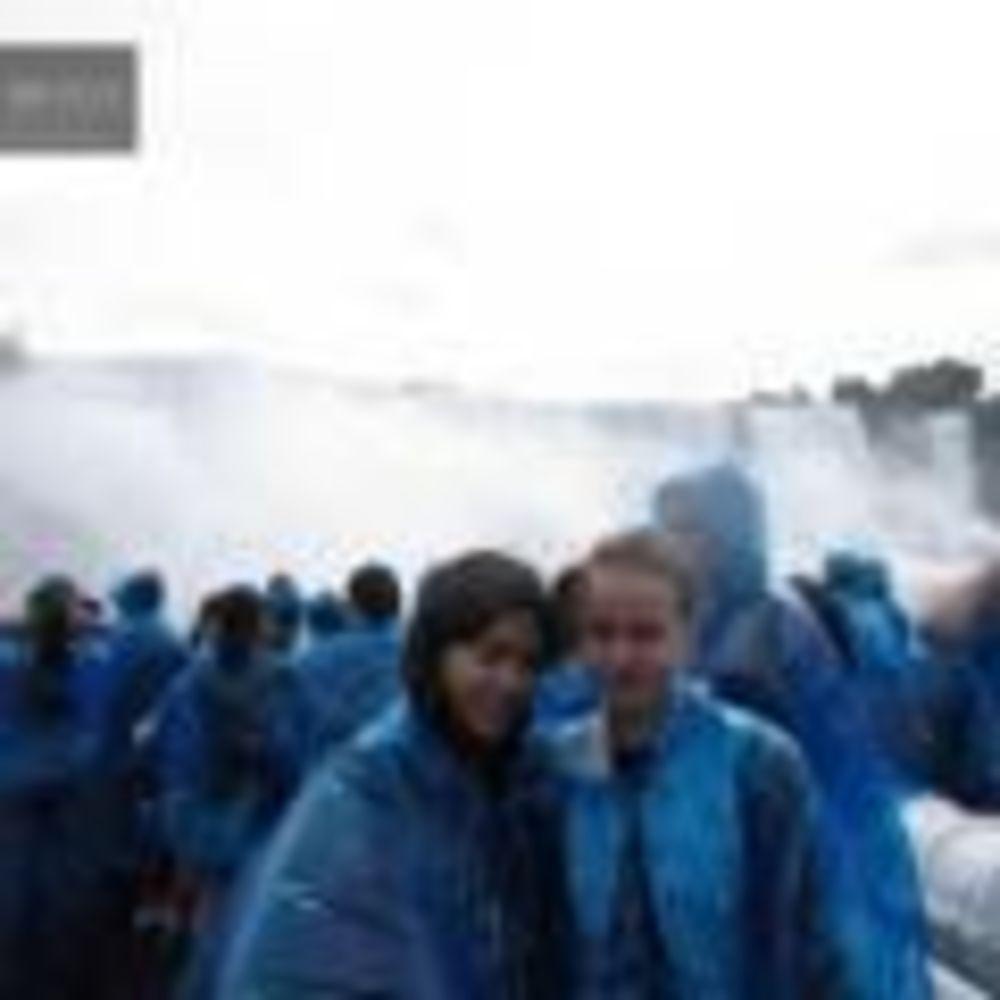 экскурсия на водопад в лагере Bronte College