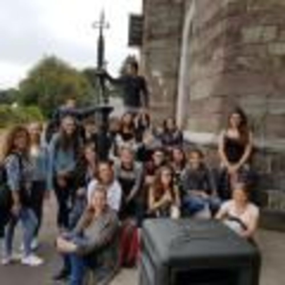 ACET University College Cork дети