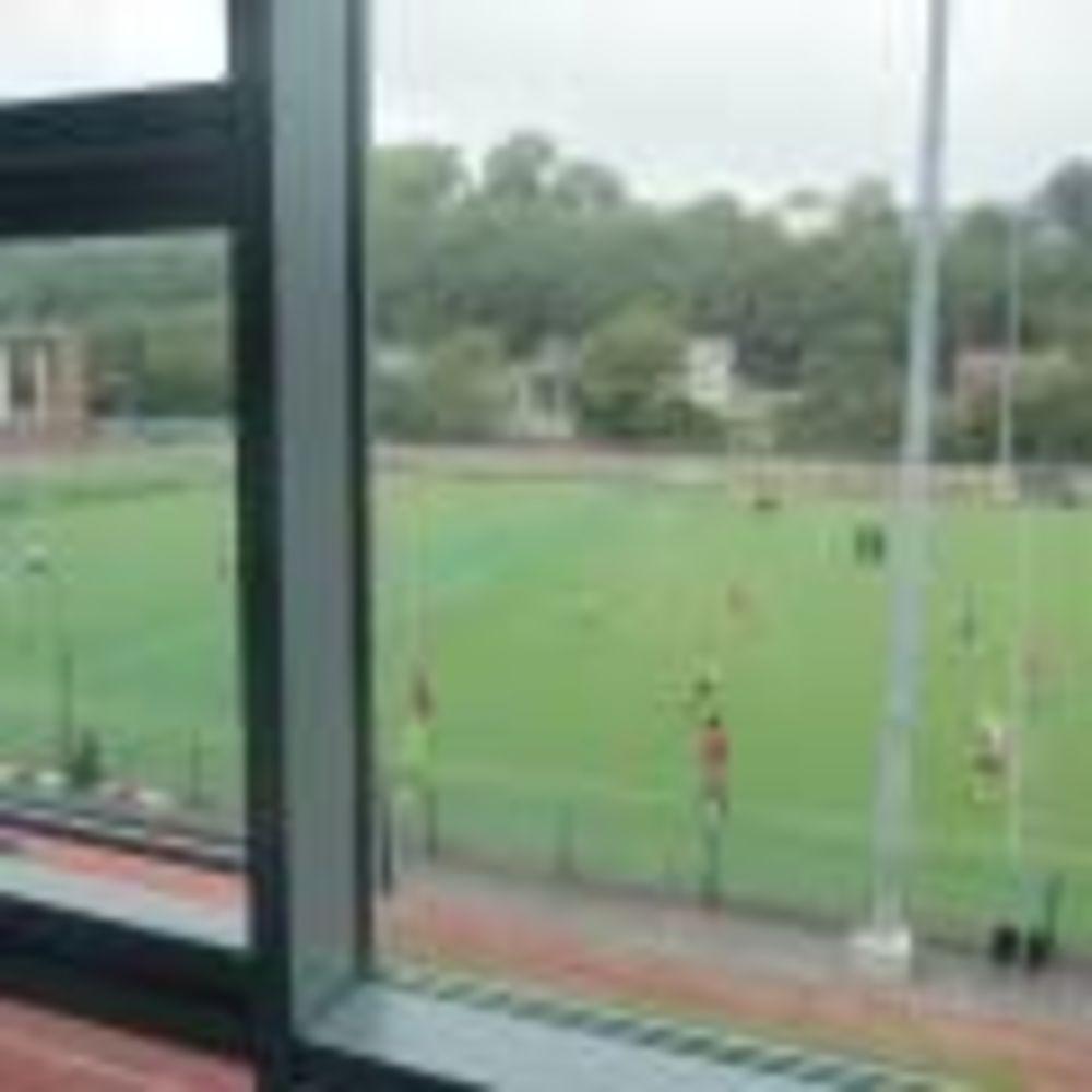 ACET University College Cork игра в футбол