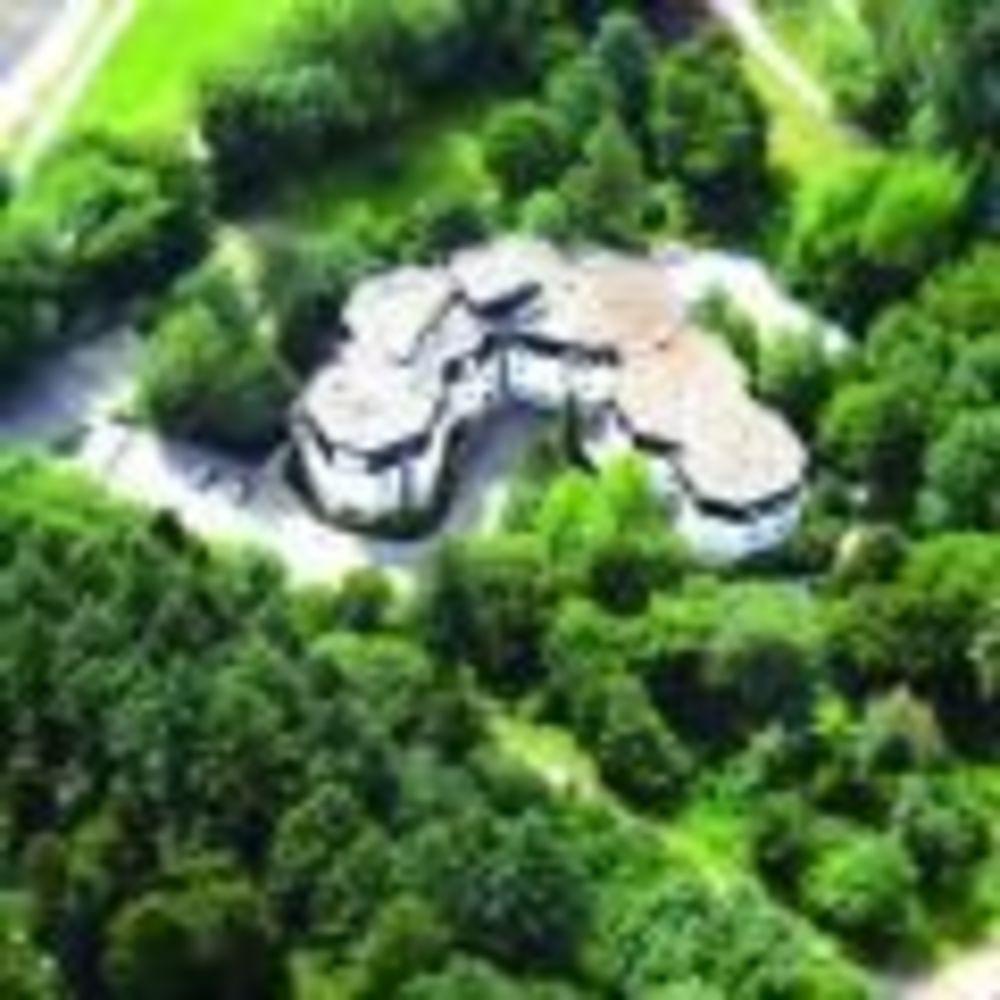 территория школы Freiburg, Alpadia Summer Camps