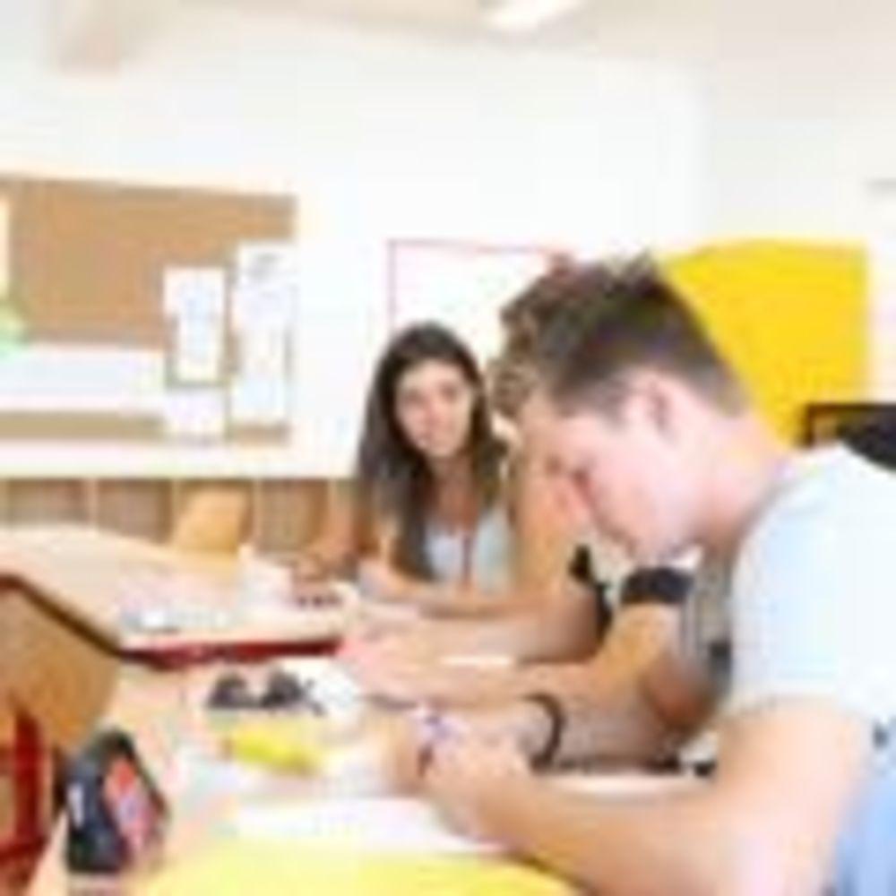 занятия в классе Montreux-Riviera, Alpadia Summer Camps
