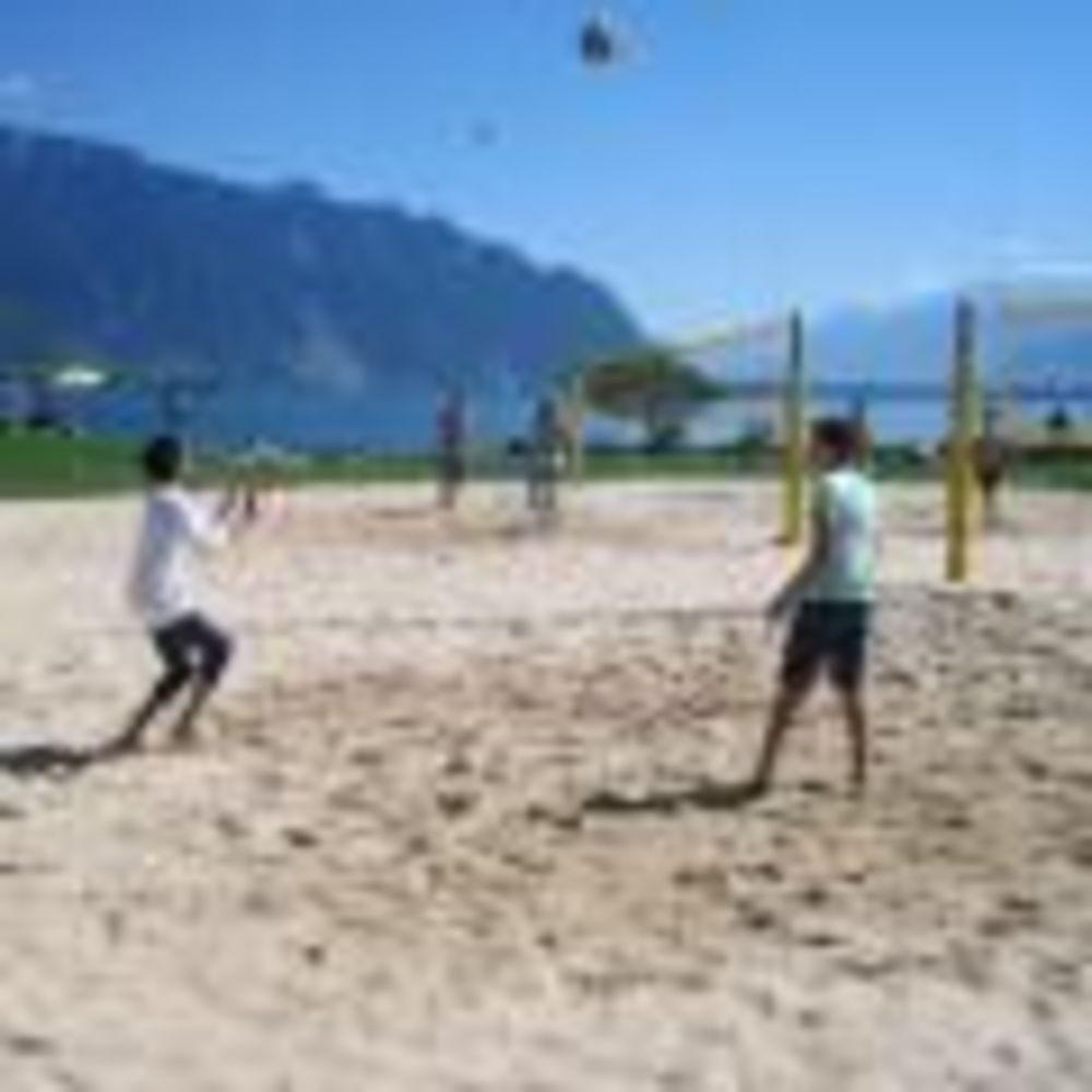 пляжный волейбол Montreux-Riviera, Alpadia Summer Camps