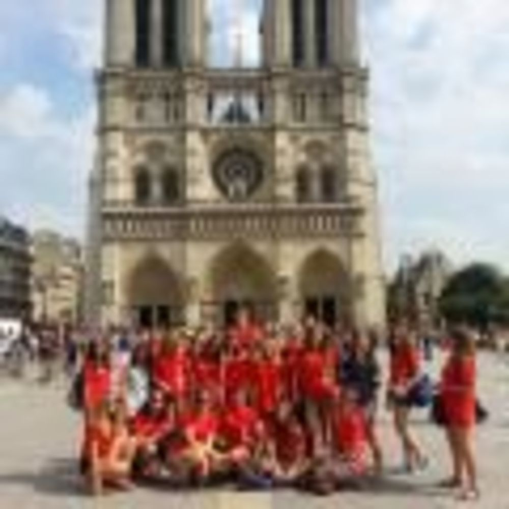экскурсия в лагере Paris-Igny, Alpadia Summer Camps