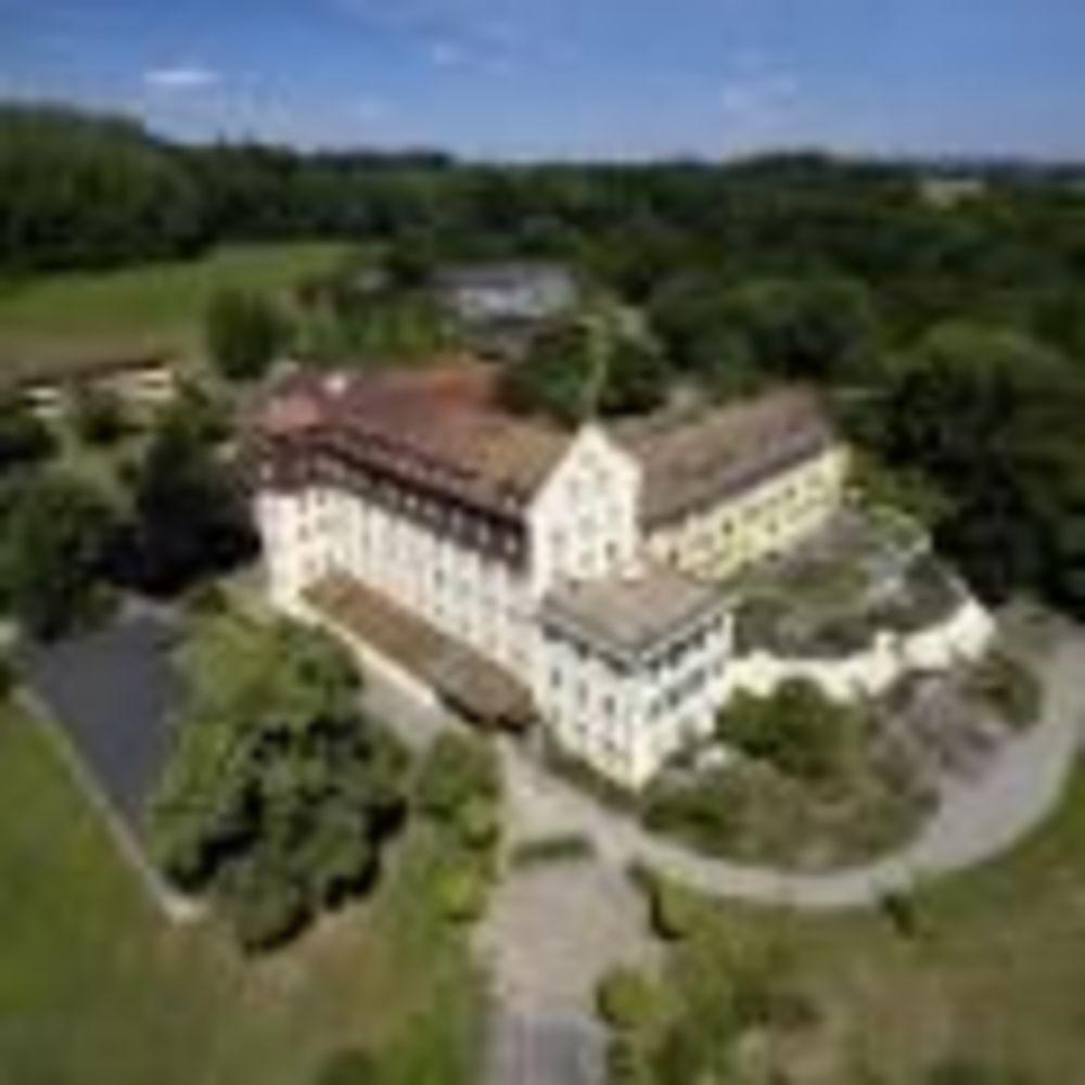 местность кампуса Spetzgard Schule Schloss Salem Summer School