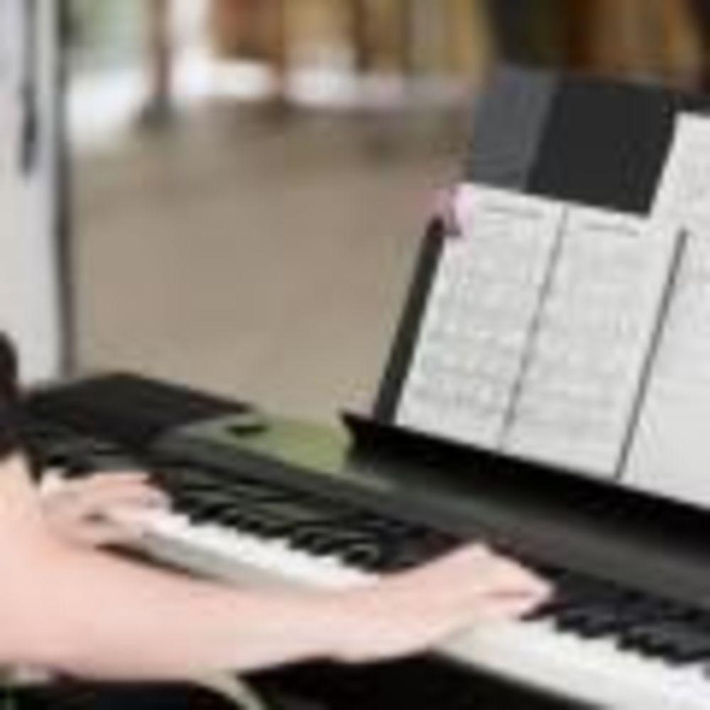 Carlsbad International School музыкальный класс
