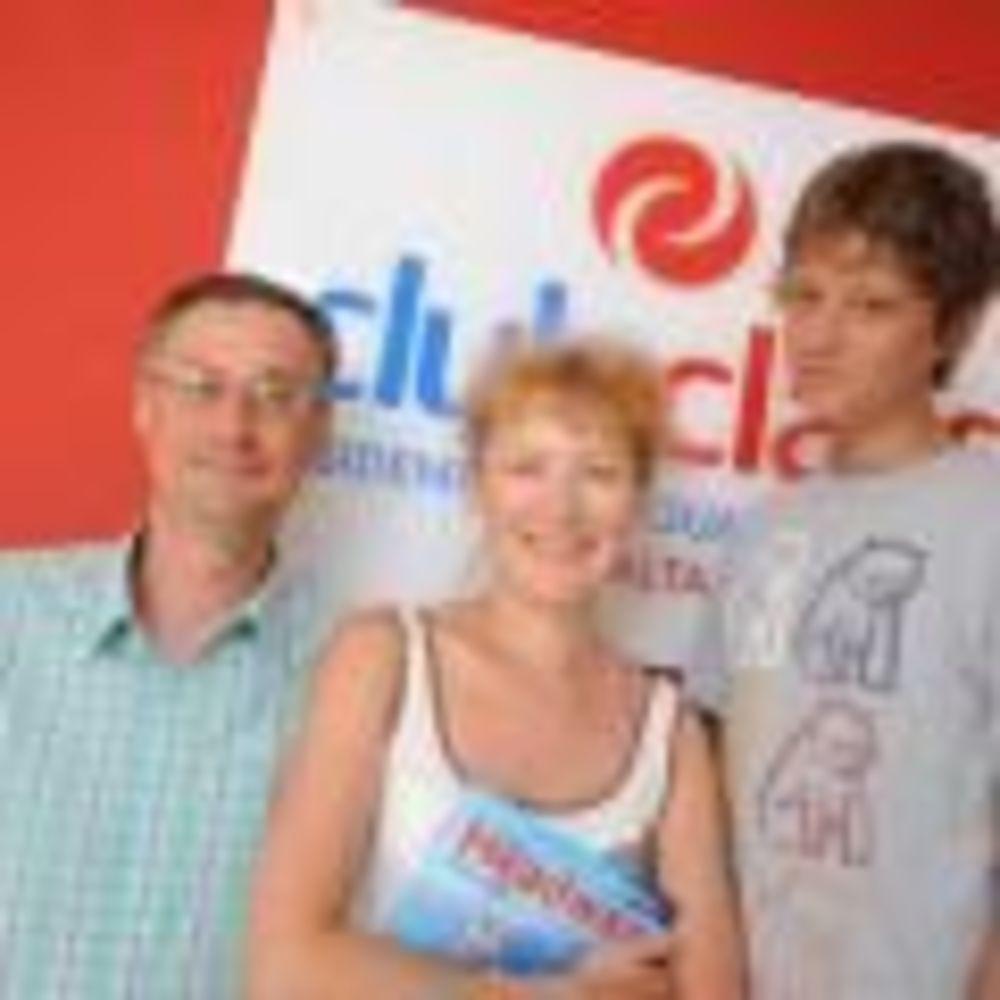 семья на обучении в школе Clubclass Language School, Swieqi