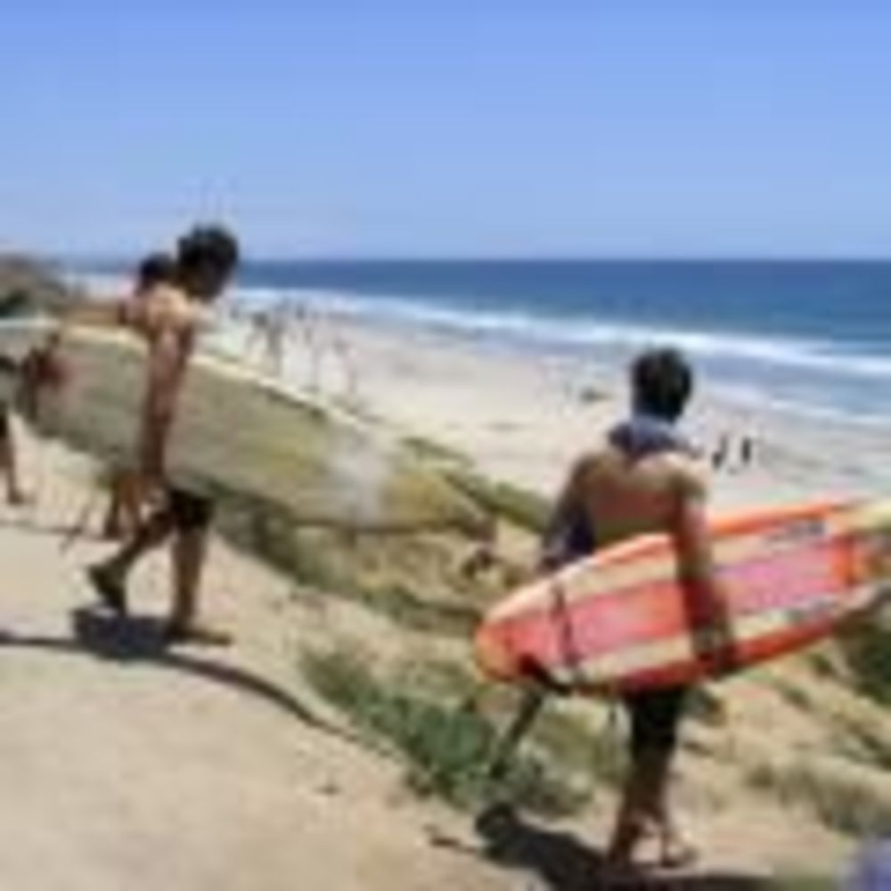 лагерь FLS California State Univeristy дети на пляже