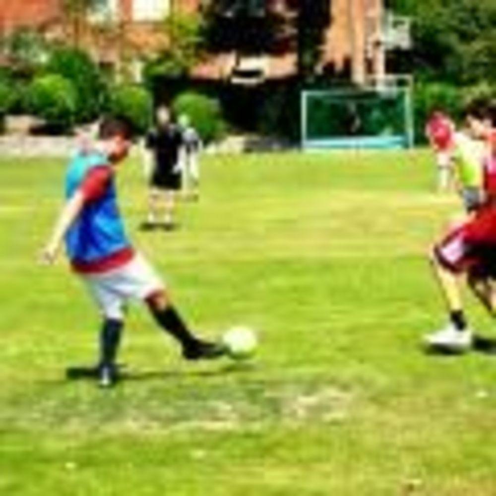 Футбол Moira House Summer Camp