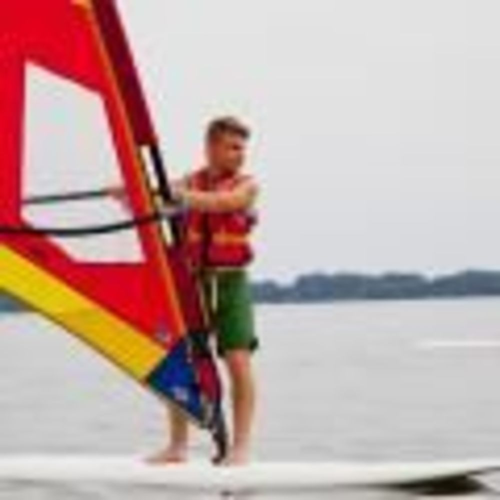 GLS Berlin Watersports серфинг