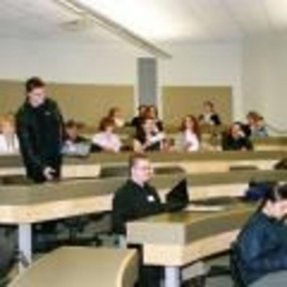 занятия на летних программах университета Thompson Rivers University