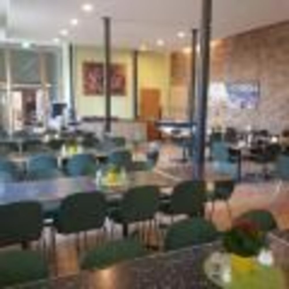 International Projects замок Hohensolms кафетерий