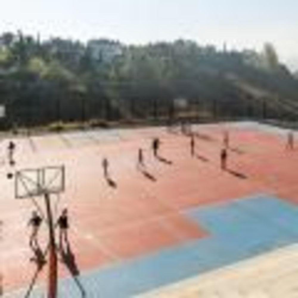 International School San Patricio спортивная площадка