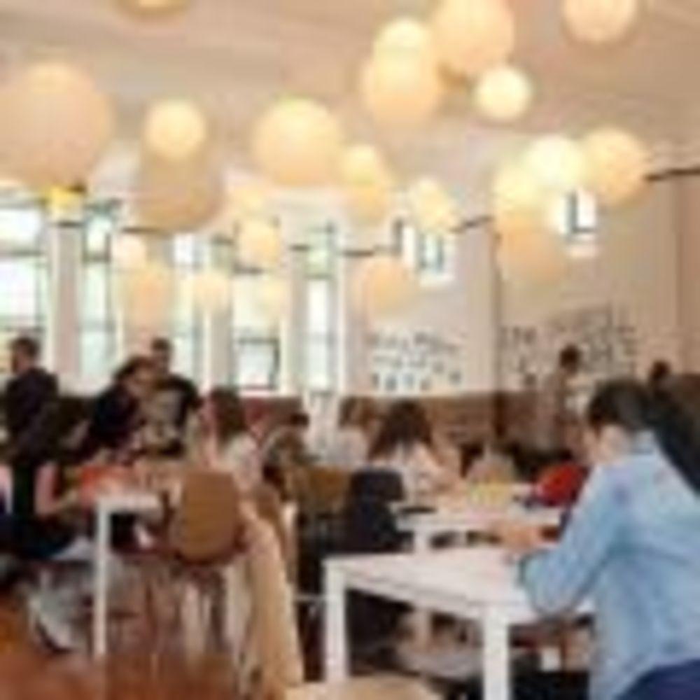 Кафетерий International Project Bournemouth