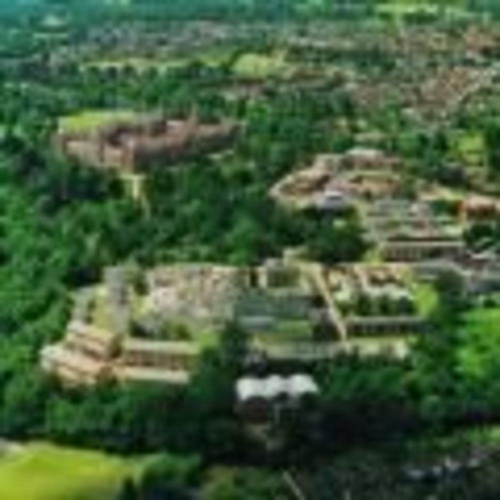 Кампус Royal Holloway University