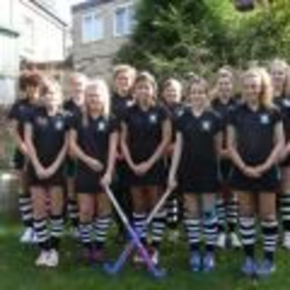 команда хоккея на траве в Westbourne School