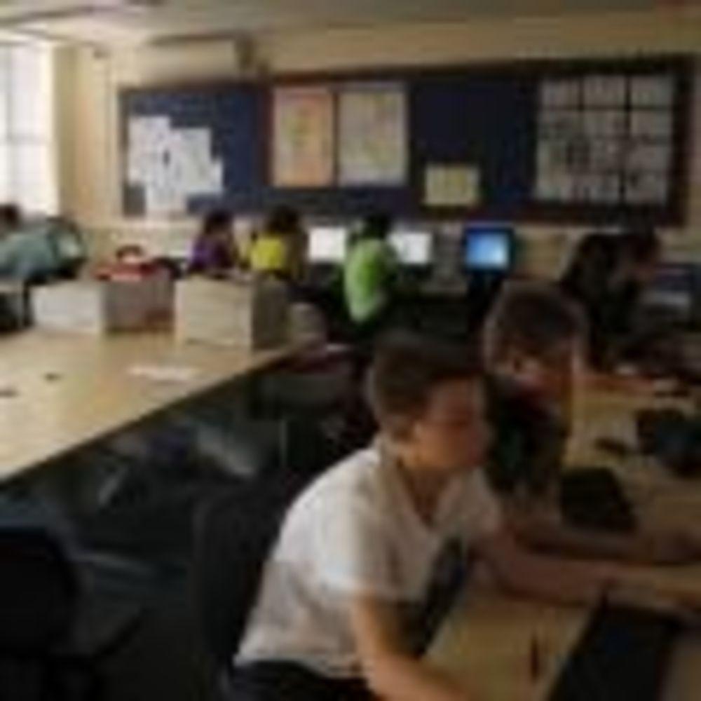 Компьютерный класс Stowe School. Аспект - Обучение за рубежом.