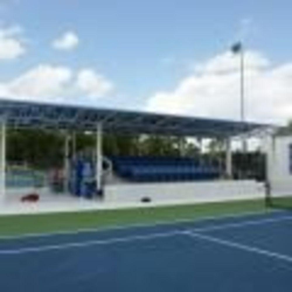 теннисный комплекс в лагере LAL Boca Raton