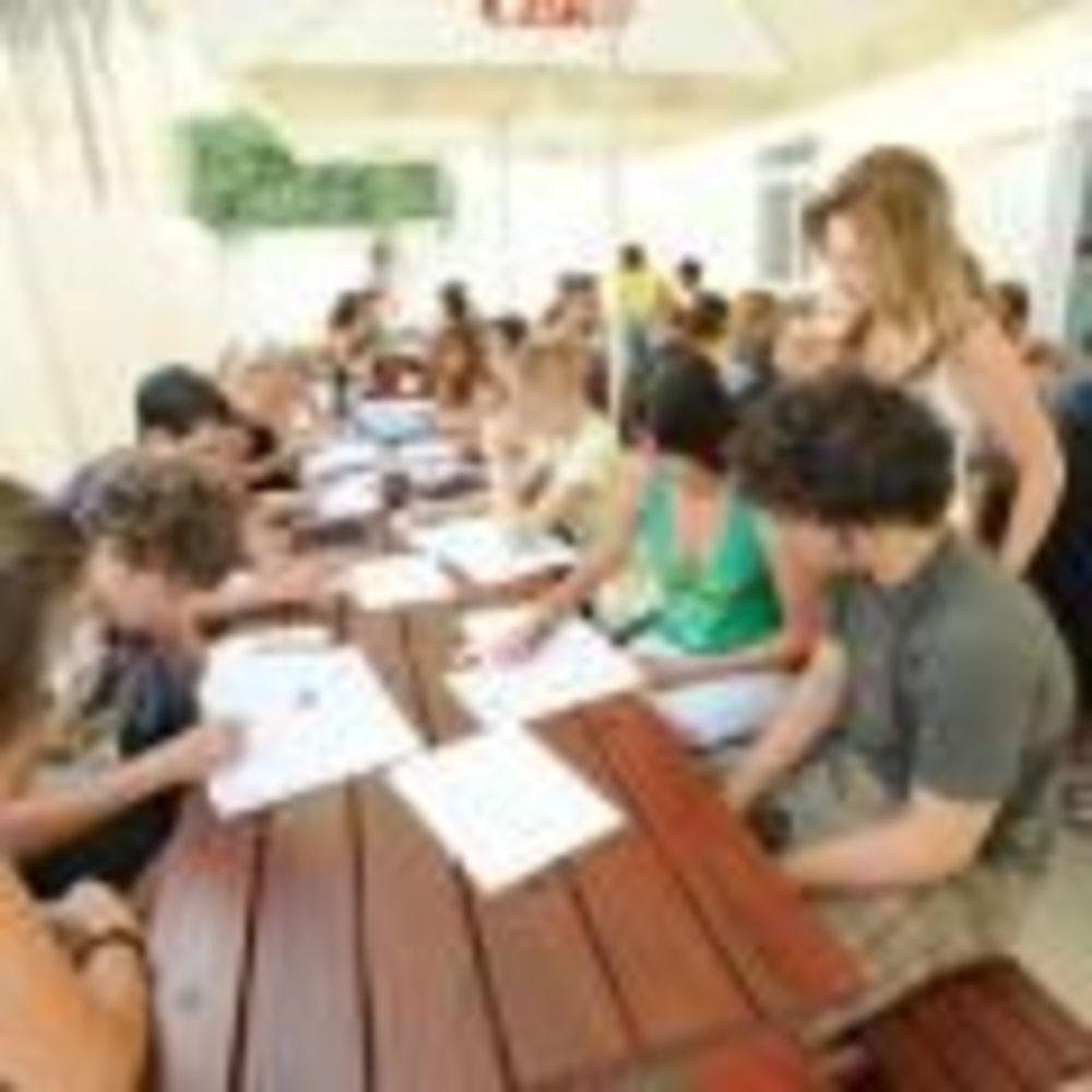 дети на занятиях в лагере LAL на Мальте