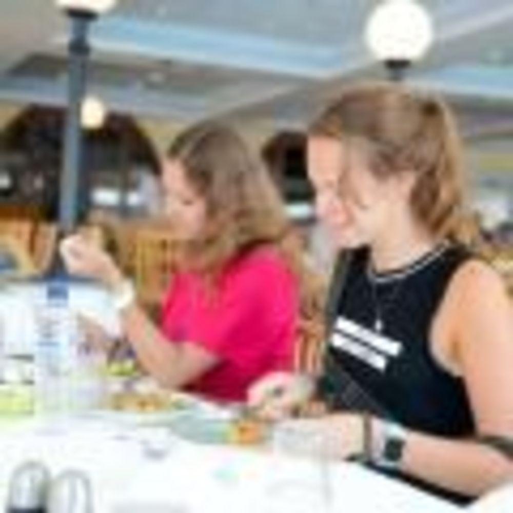 ланч в готелі Clubclass Mellieha, Paradise Bay Hotel