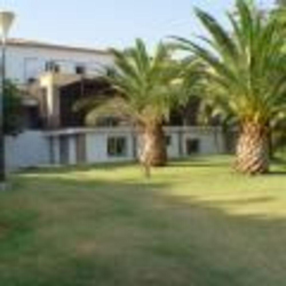 территория лагеря Marbella Albergue, Enfocamp