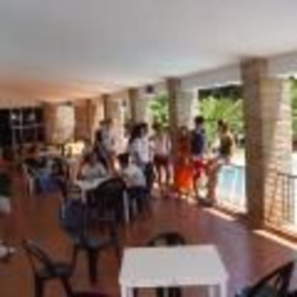 дети в лагере Marbella Albergue, Enfocamp