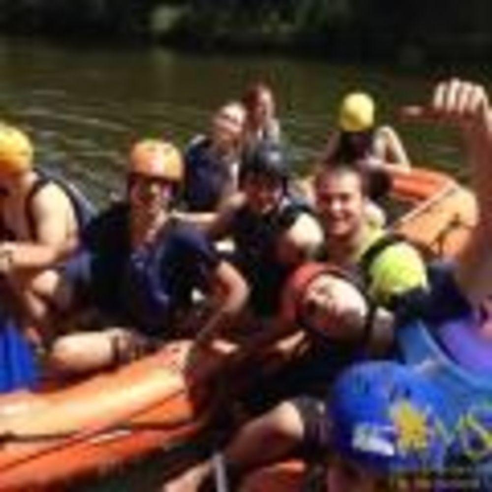 сплав по реке в лагере MSM Academy