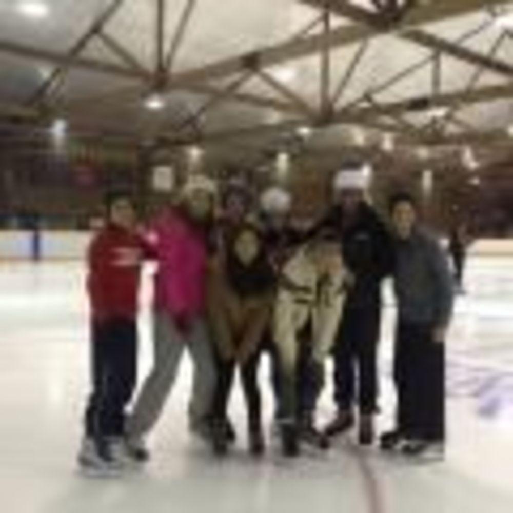 занятия зимними видами спорта в Pickering College