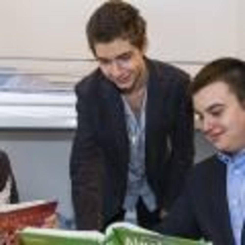 студенты школы American International School Salzburg