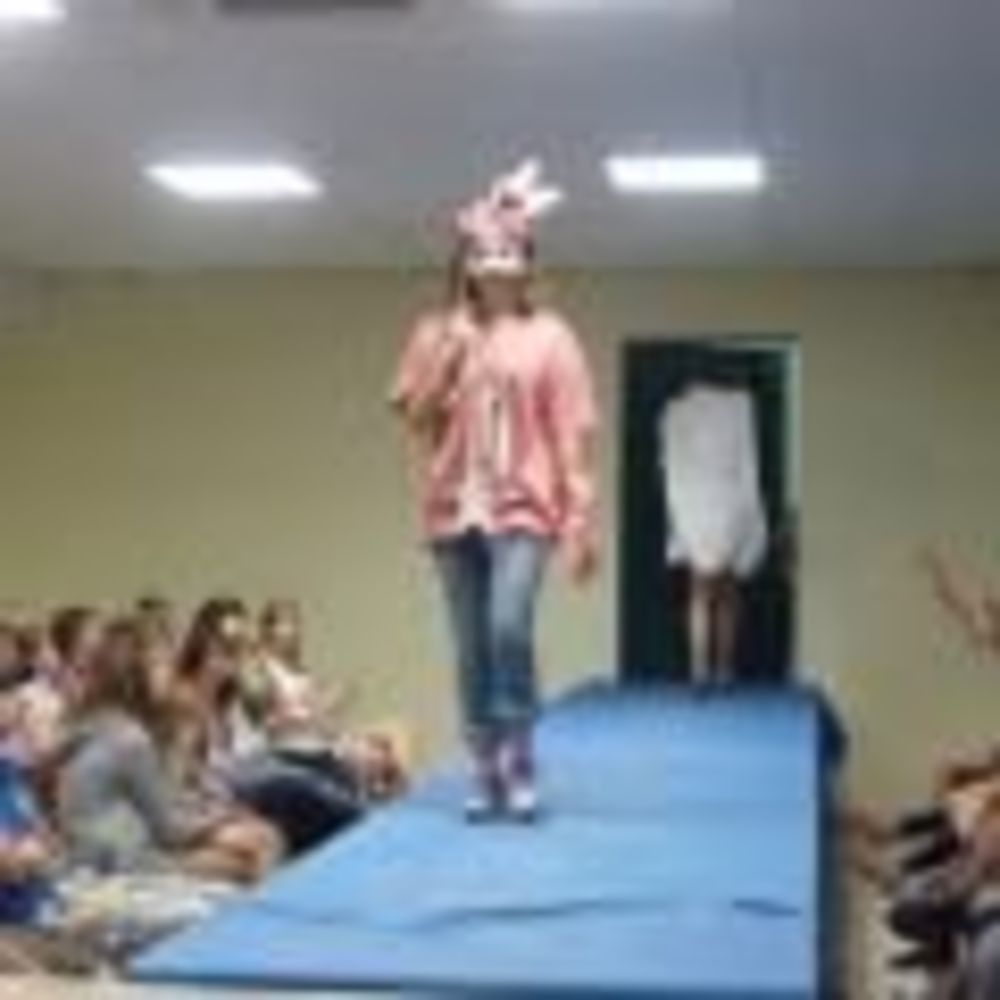 Saint-Denis International School Summer Camps показ мод