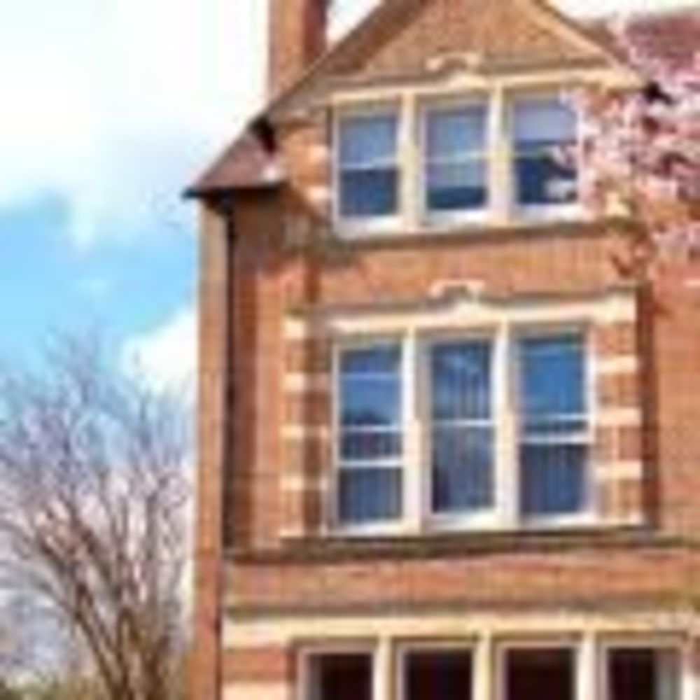 St. Clare's, Oxford здание школы