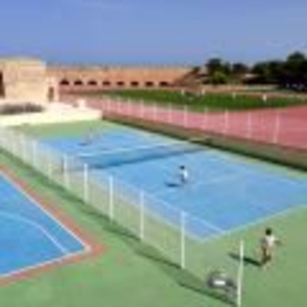 St Edward's College, Malta игровые площадки