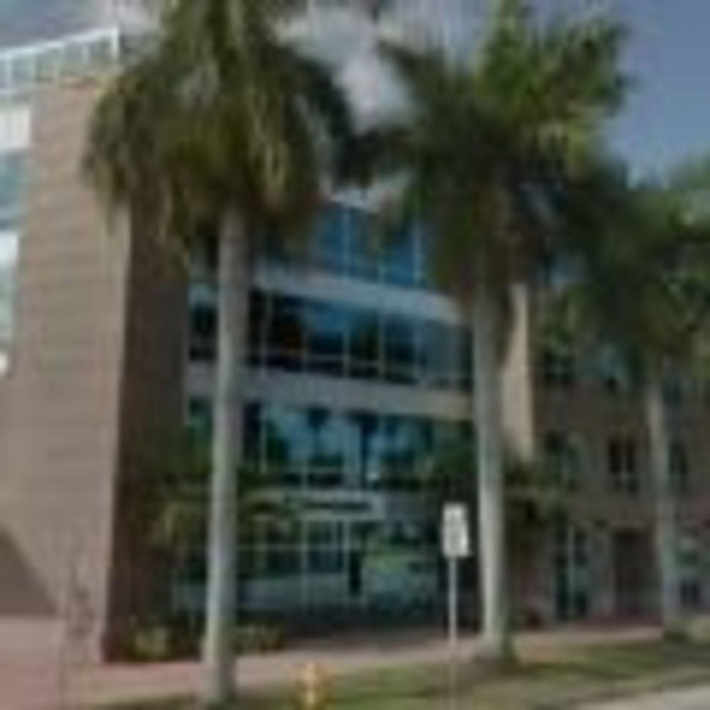 TALK Miami Beach здание школы