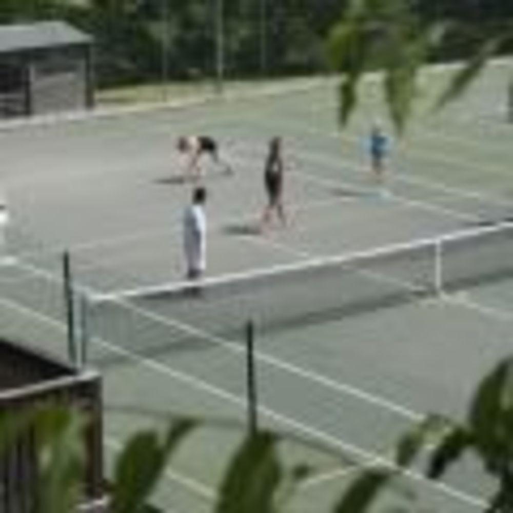Теннис Trinity School Teignmouth