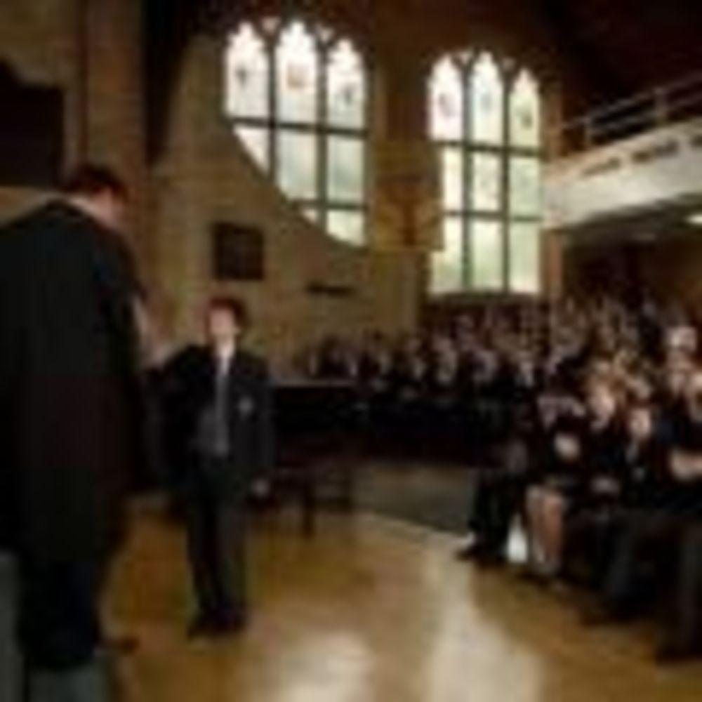 ученики школы Kent College Canterbury