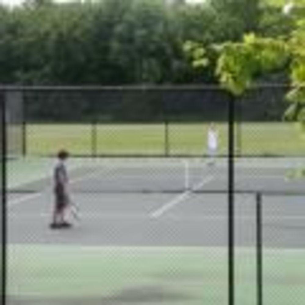 теннисные корты в школе Lakefield College School
